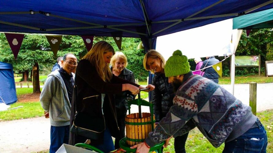 High Elms Country Park Apple Day -2